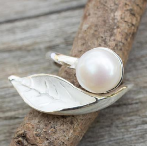 CULTURED PEARL HANDCRAFTED STERLING SILVER WRAP RING