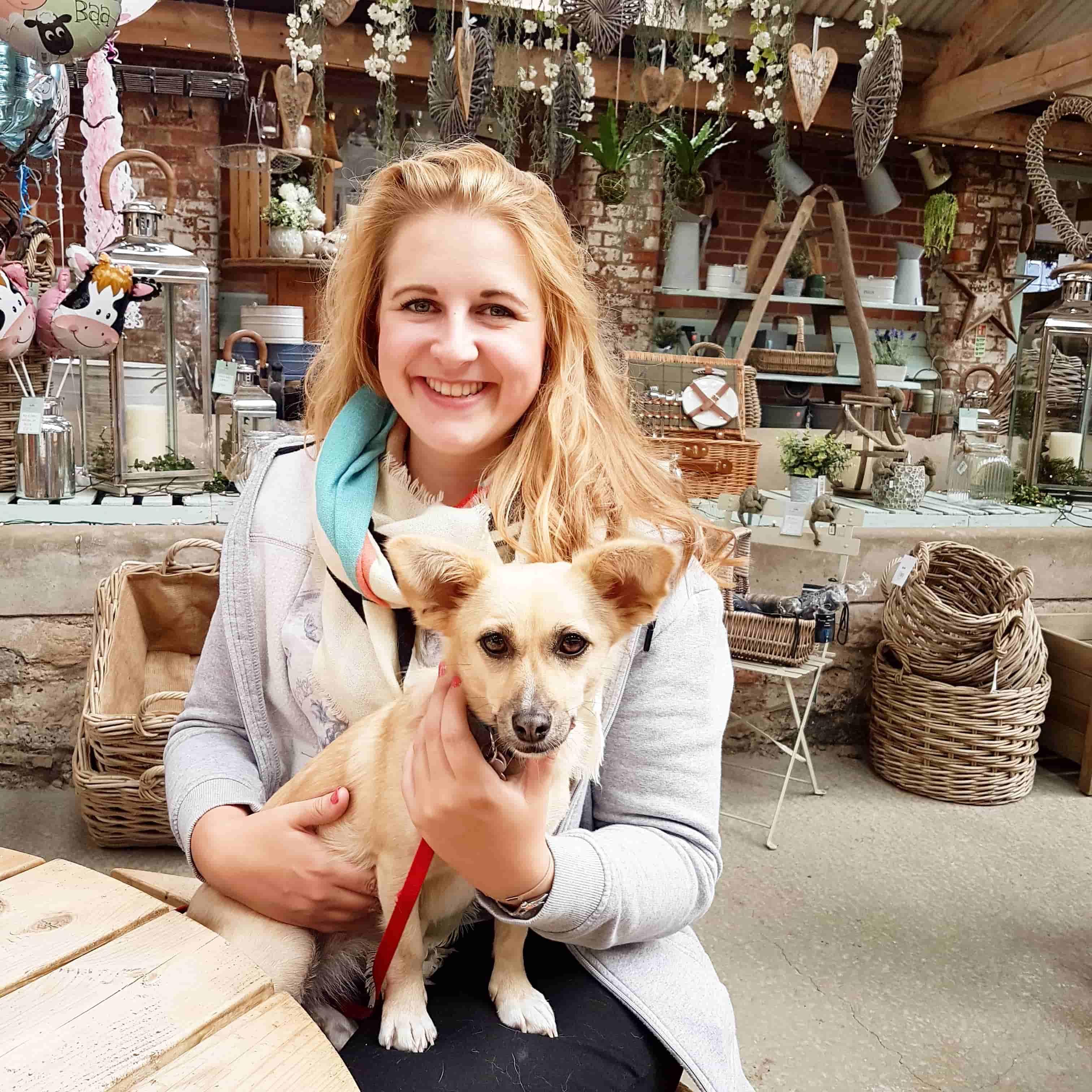 Beadlam farm shop with dog
