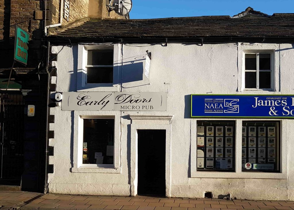 early doors pub