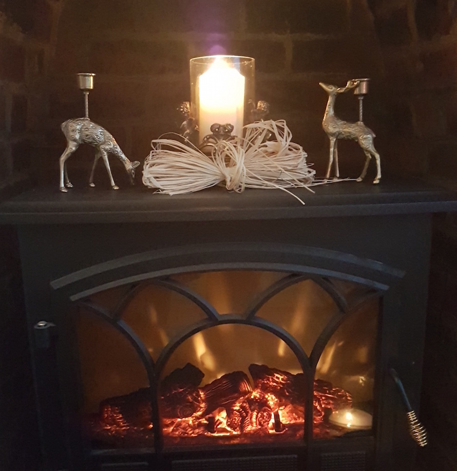 winter-fireplace