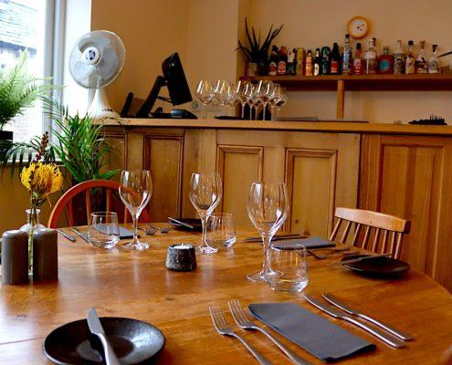 elsworth kitchen table